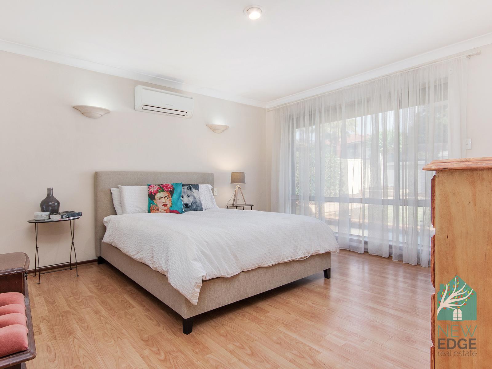 Munster Main bedroom