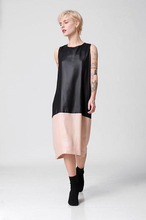 A שמלת