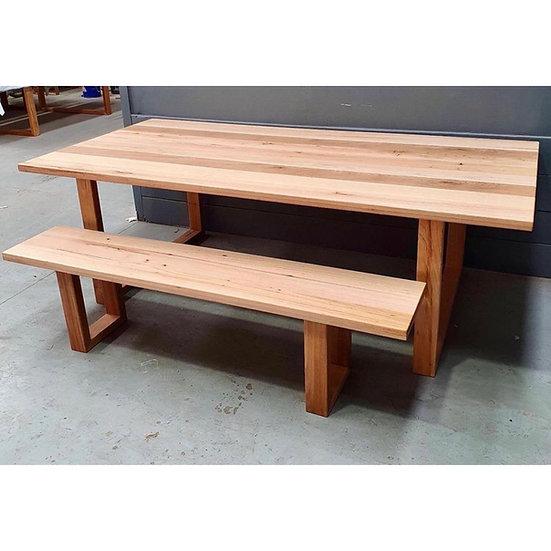 Nariel Benches