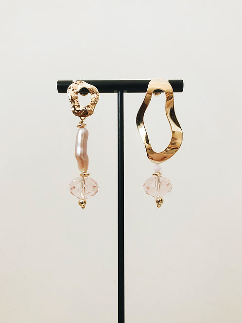 Oho Fresh Water Pearl Drop Earrings - Pink
