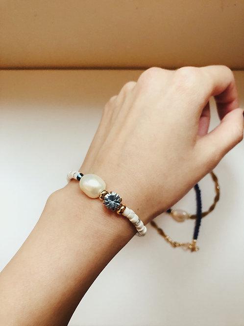 Stoned pearl bracelet - blue
