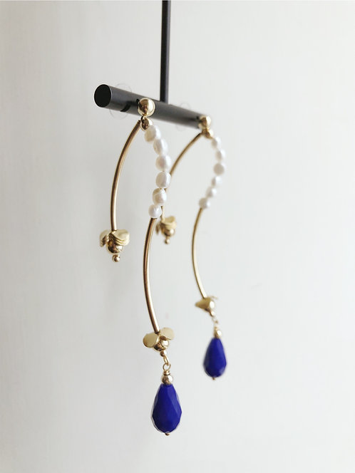 Teardrop Petite Pearls Earrings