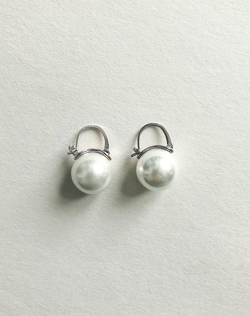 Pearl simple earrings (SILVER)