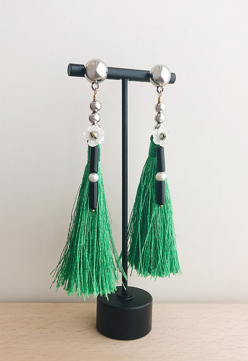 Tibets Silky Tassels Earrings - Green