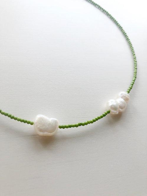 Natural pearls collar mini- Green