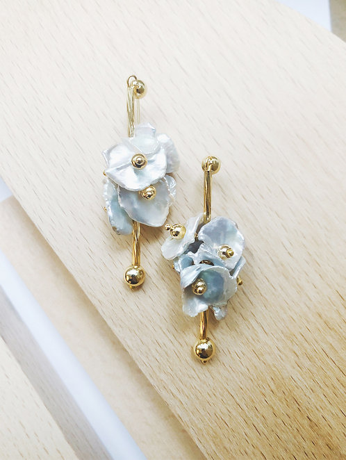 Pearl Petals Earrings
