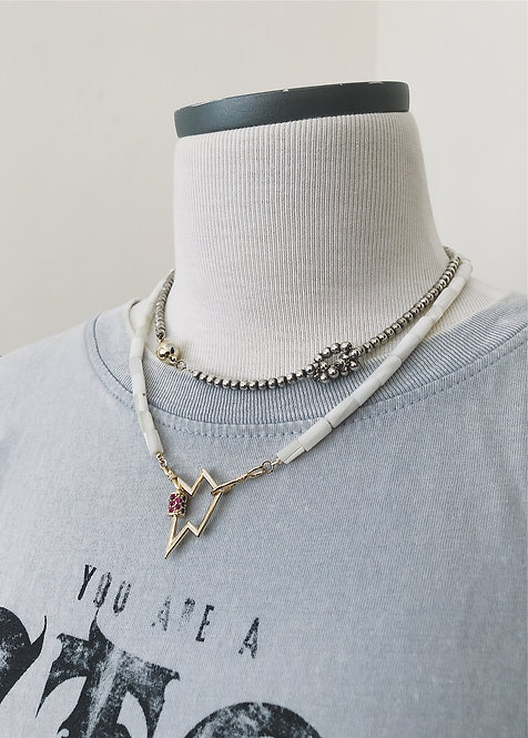 Stoned Flash Lock Necklace