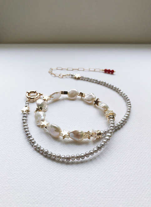 Mixed Pearls Necklace