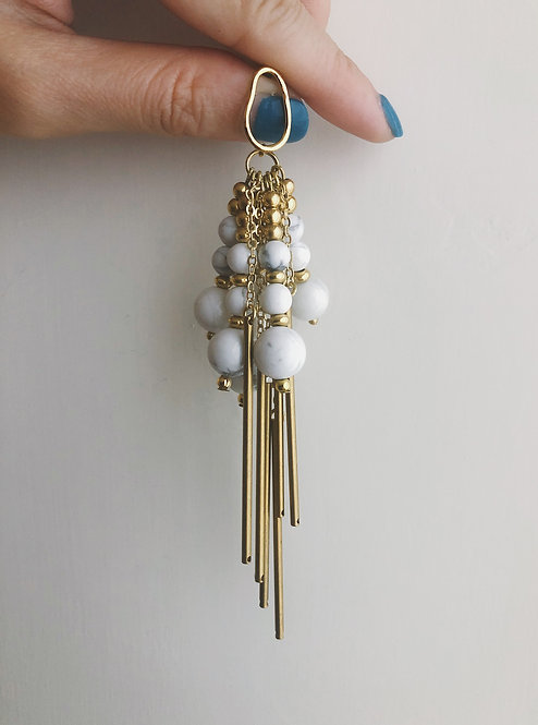 ir. Chandelier Brass Earrings