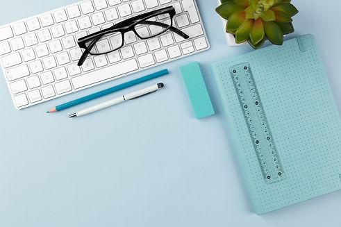 business-desk-Q9JUZET.jpg