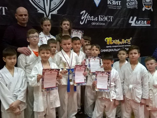 Поздравляем спортсменов клуба «Титан» Центра «Ровесник»!