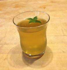 Easy Summer Mint Tea