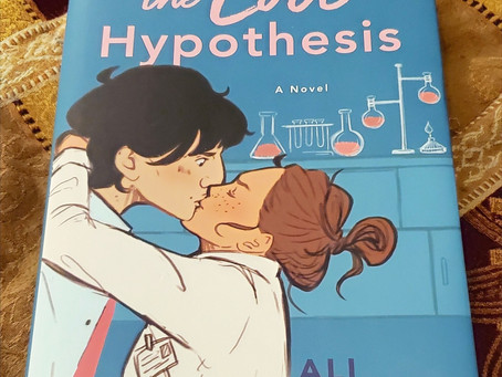 Book Review: The Love Hypothesis by Ali Hazelwood