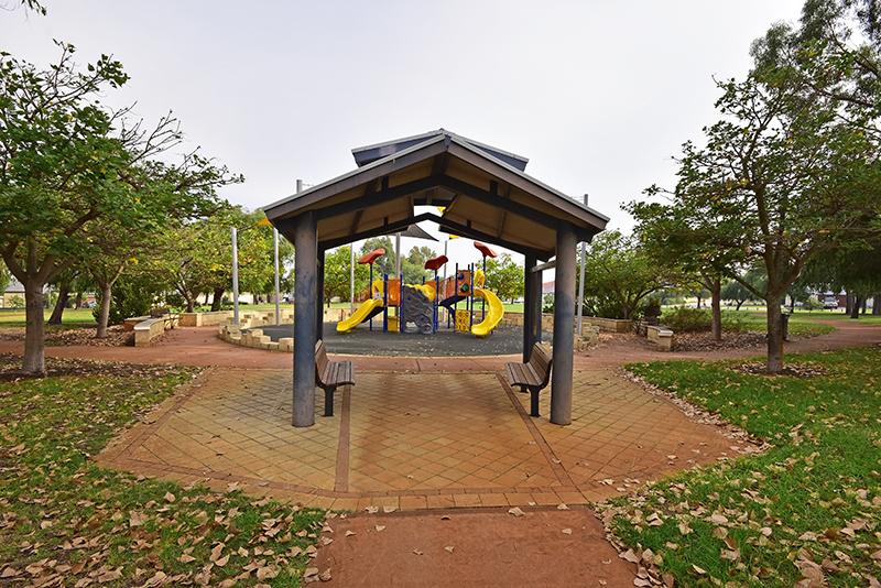 rosinki park tapping 3