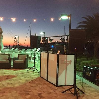 DJ, Faro Blanco Resort & Yacht Club, Lighting