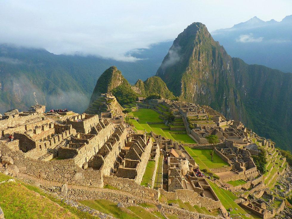 Maccu Piccu in Peru - inspiration von einer Spirtuelle Reisen von Kuyay Lorena die Schamanin