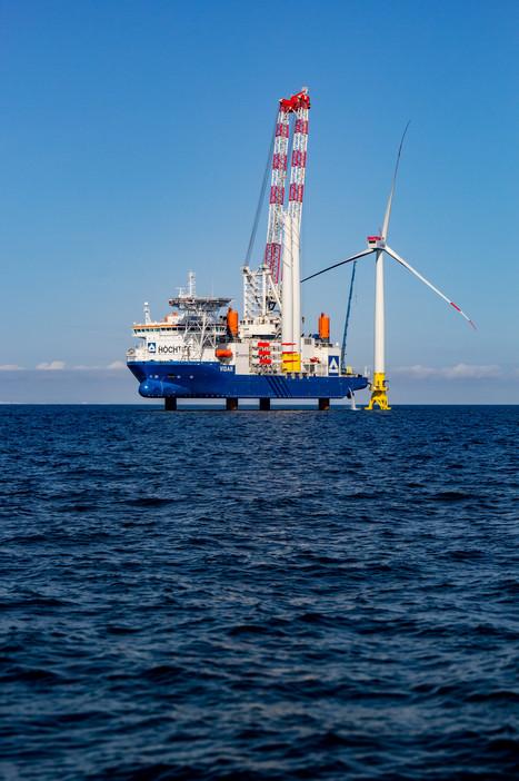 Offshore Windkraftanlagen Errichterschiff
