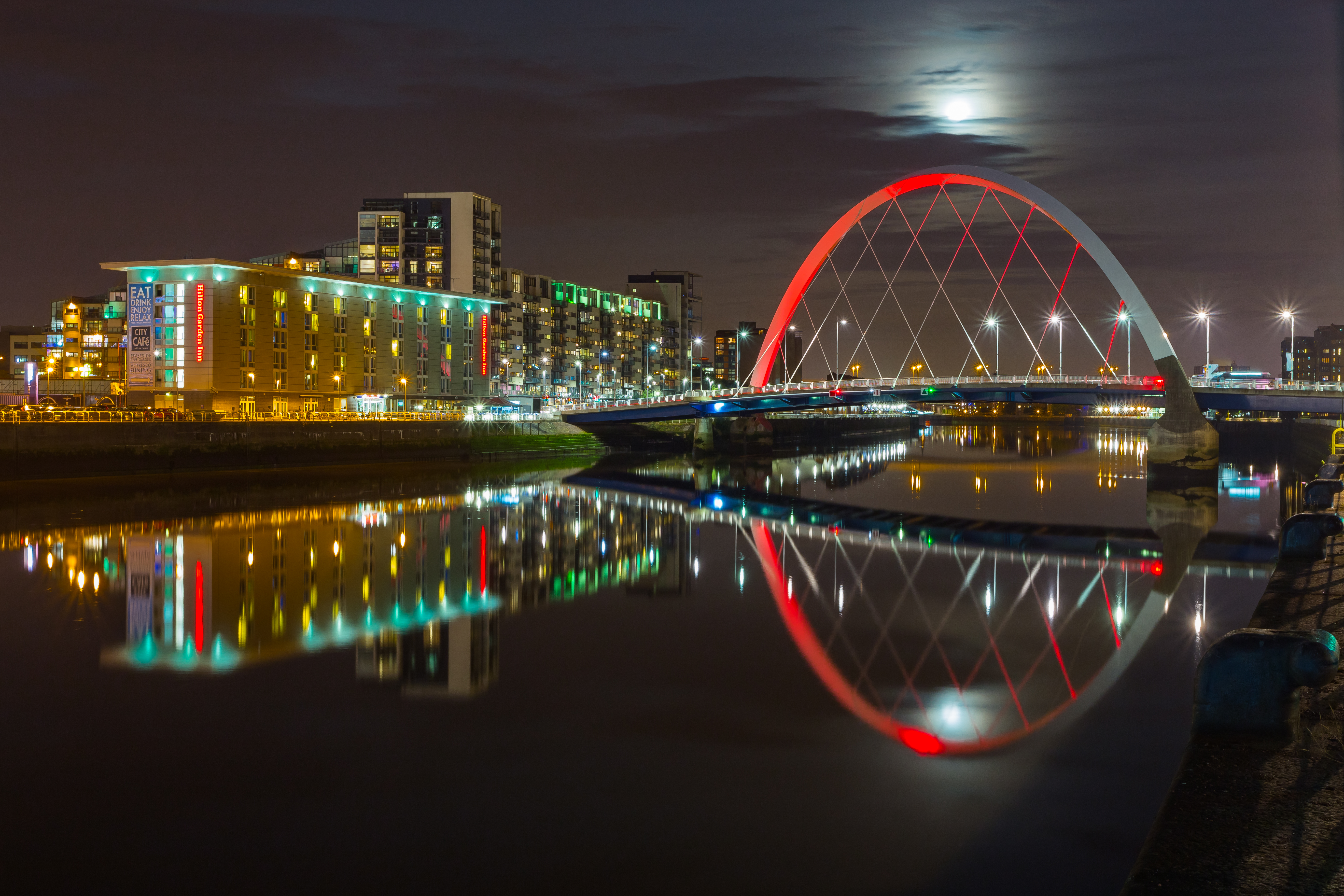 Clyde Arc Red  Reflections  C3