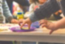 Entretenidas actividades de after school, donde los niños sociabilizan, juegan, experimentan y lo pasan increíble