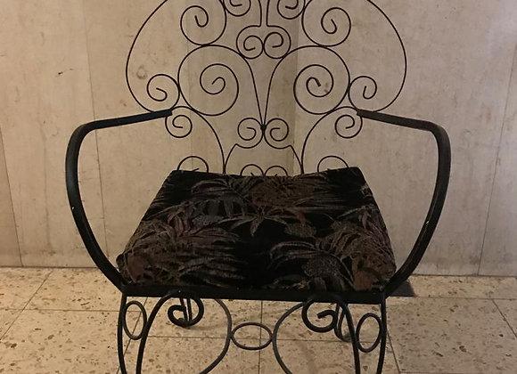 כסא וינטג' מברזל