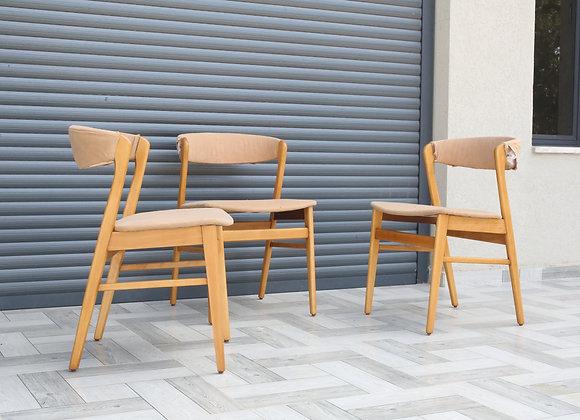 כסא דניש, שלושה במלאי
