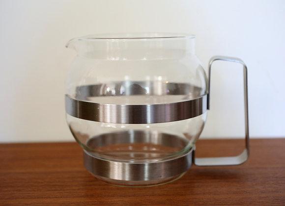 כלי זכוכית עם ידית