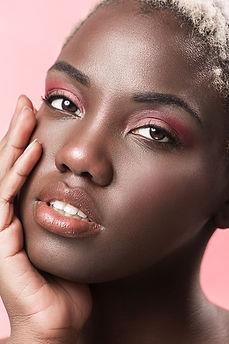 Beauty Shoot-359-min.jpg