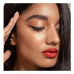 Winged-liner-red-lipstick.jpg