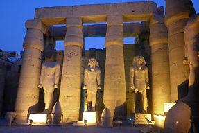 Luxor 529511_10200656596837993_906111273