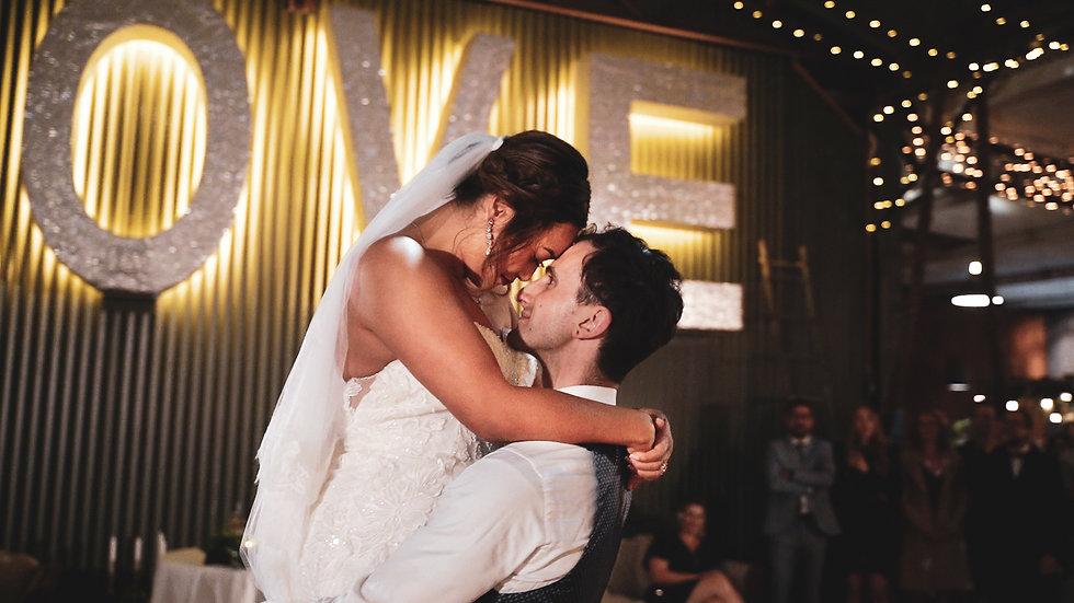 Aron & Vinh's Sydney wedding at Hawkesbury Retreat
