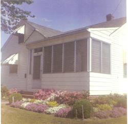 622 Decatur Street (front porch)
