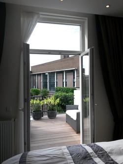 Maas room terrace