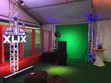 Super Bowl 49 - Green Screen with 10' Trusses