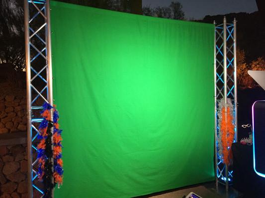 Green_Screen_Truss.jpg