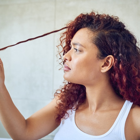 HOW TO PREVENT YOUR NATURAL HAIR FROM HAVING SPLIT ENDS?