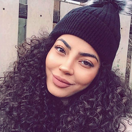 CARE   FOR   YOUR   CURLS   THIS  WINTER   WITH   THESE   TIPS!