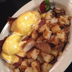 EGGS BENNY - AWESOME BRUNCH