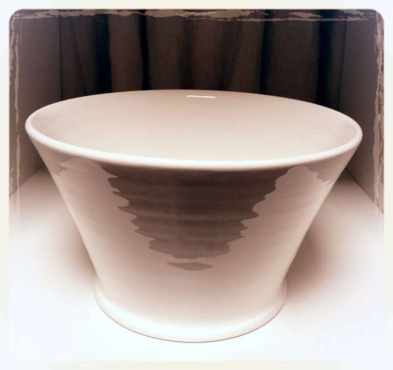 Simple_Creamware_Hand_Thrown_Creamware_Large_Bowl_edited.jpg