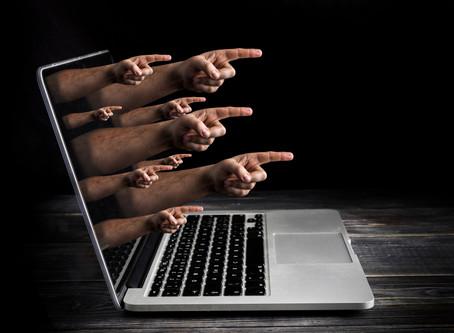 تهدید و آزار کلامی در فضای مجازی به خاطر وطندوستی