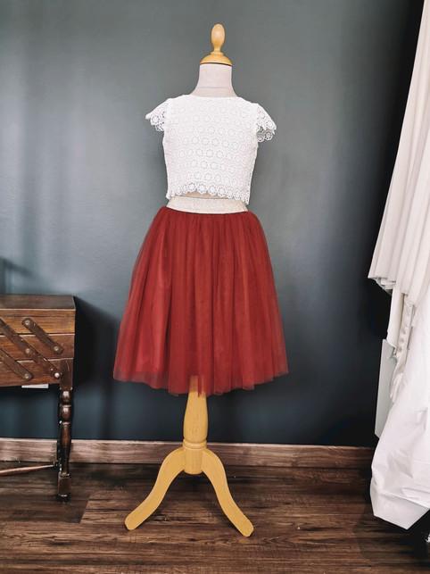 Jupon rouge bordeaux et Top