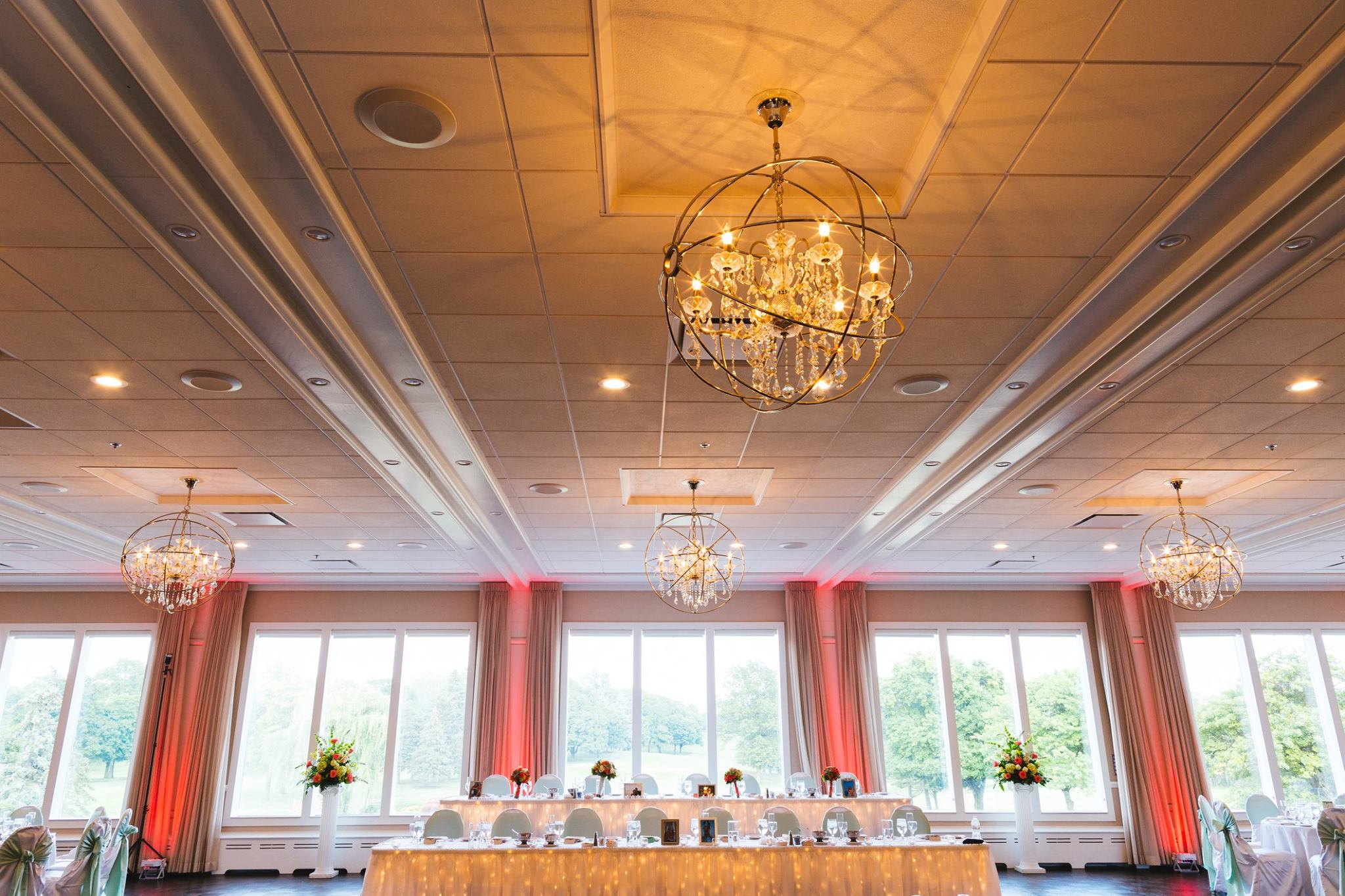 Every Wedding At Itasca Country Club Is Planned And Executed To Meet The Highest Of Standards So You Will Be Thrilled With A Memorable Experience