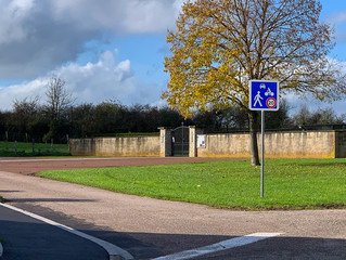 Mise en place d'une zone de rencontre au cimetière avec vitesse des véhicules réduite à 20 km/h