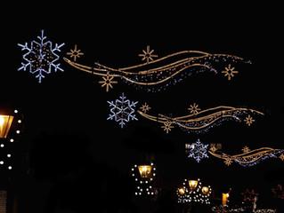 Mise en place des illuminations de Noël