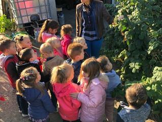 Rosine et Joseph LEONARD ouvrent les portes de leur jardin aux maternelles