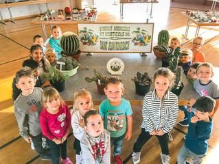 Les maternelles en visite à l'exposition des arboriculteurs
