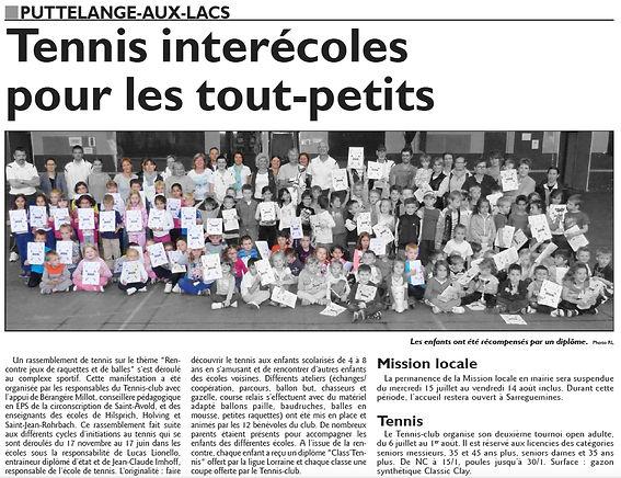 Initiation au tennis pour les élèves des écoles de Saint-Jean-Rohrbach paru le 08/07/15 dans le Républicain Lorrain