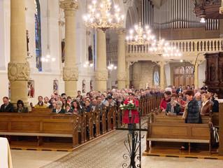Première messe après la remise en peinture de l'église