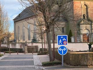 Mise en places des zones piétonnes avec vitesse des véhicules réduite à 20 km/h