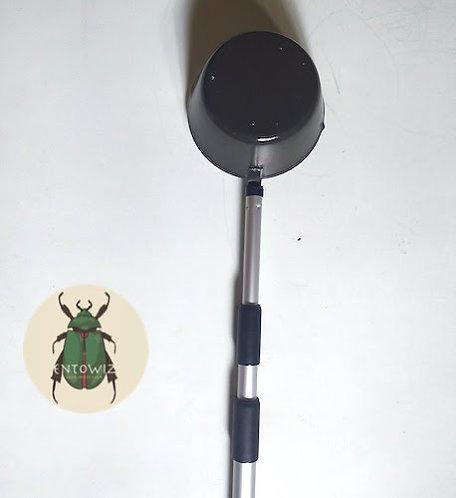Telescopic mosquito larval dipper