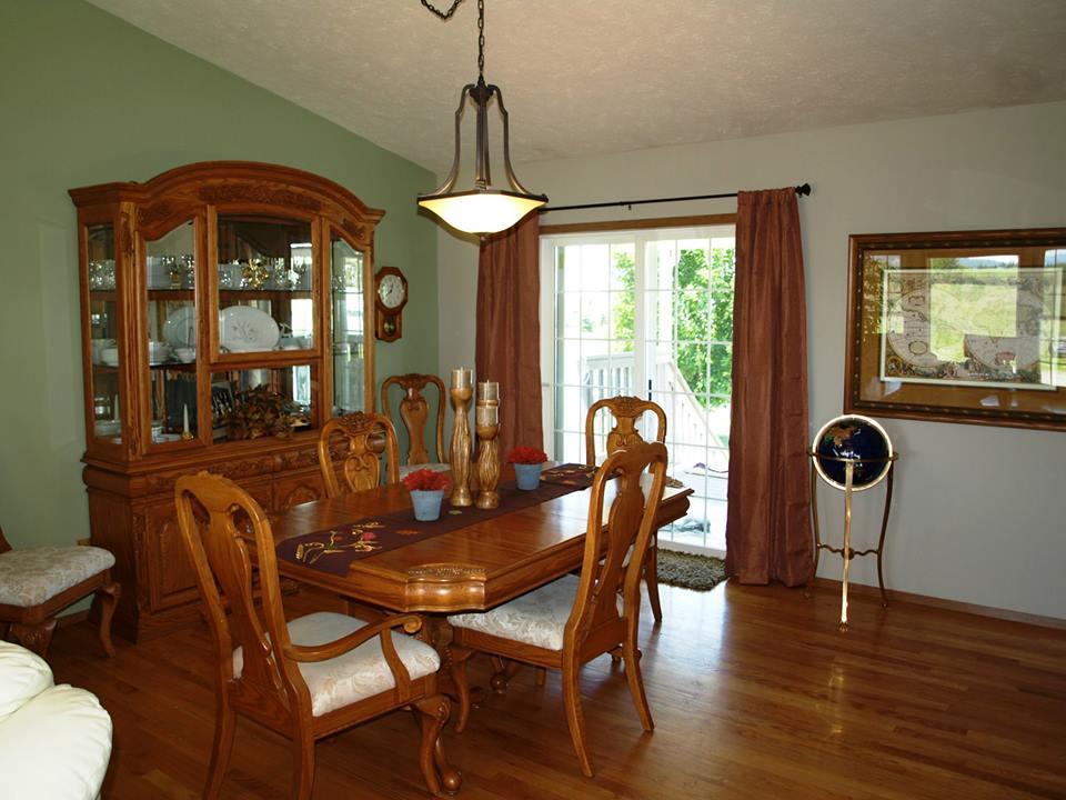 House painters spokane wa are doing there job very well since many years You can count on cleanliness and perfection when you have us do your interior house ...